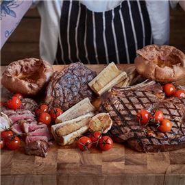 Steak Board with Yorkshires